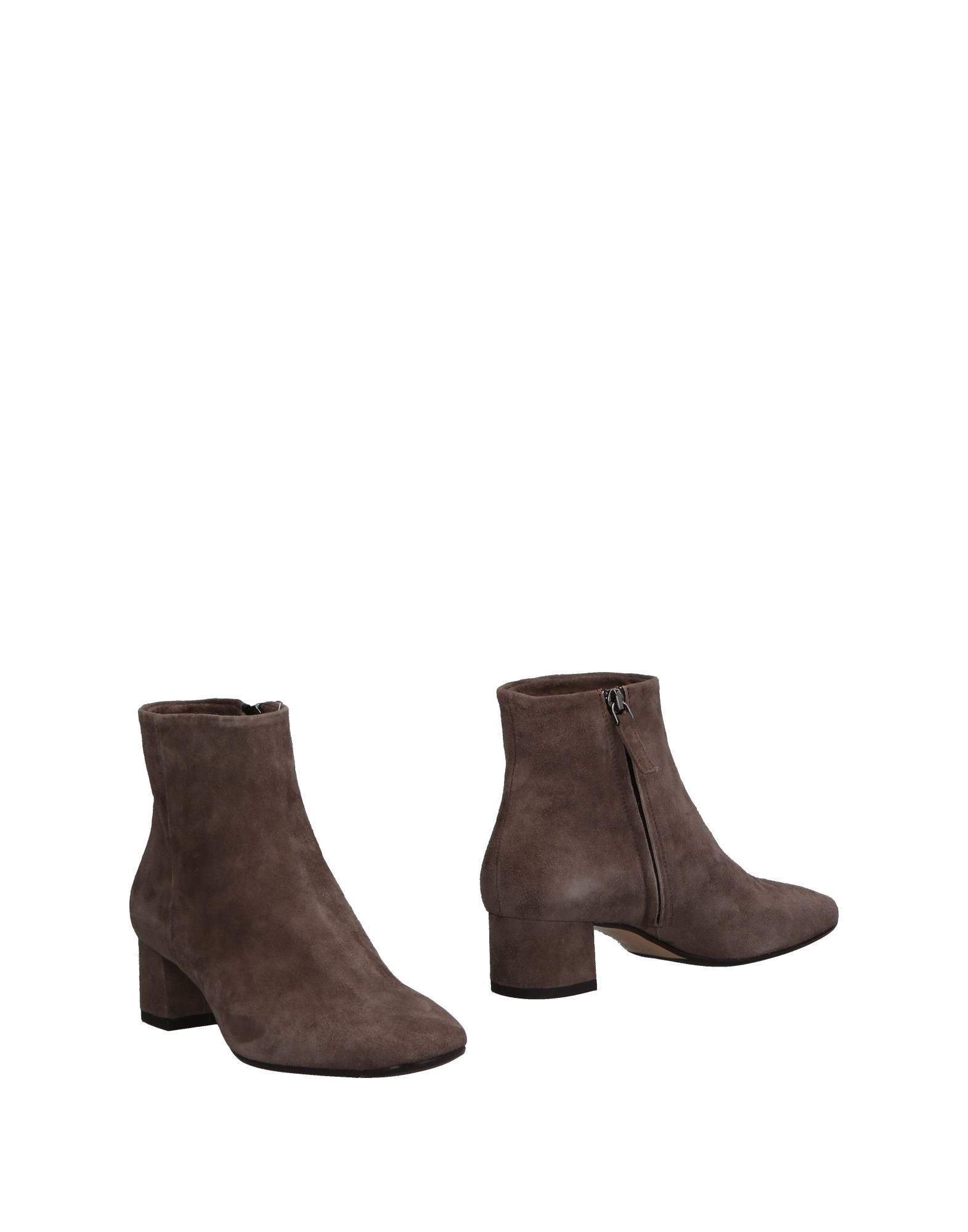 CUOIERIA   CUOIERIA Ankle boots   Goxip