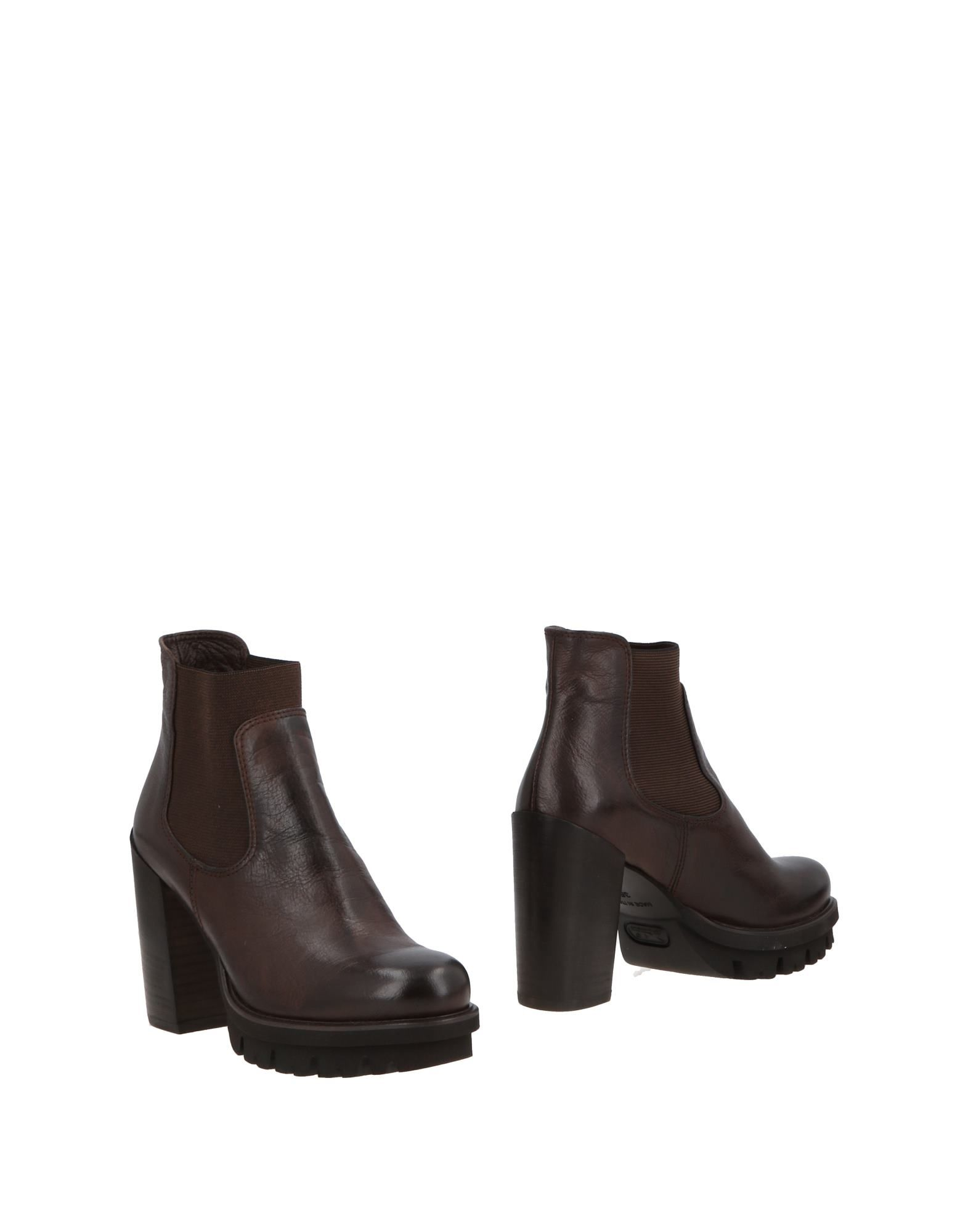 FRU.IT | FRU. IT Ankle boots | Goxip