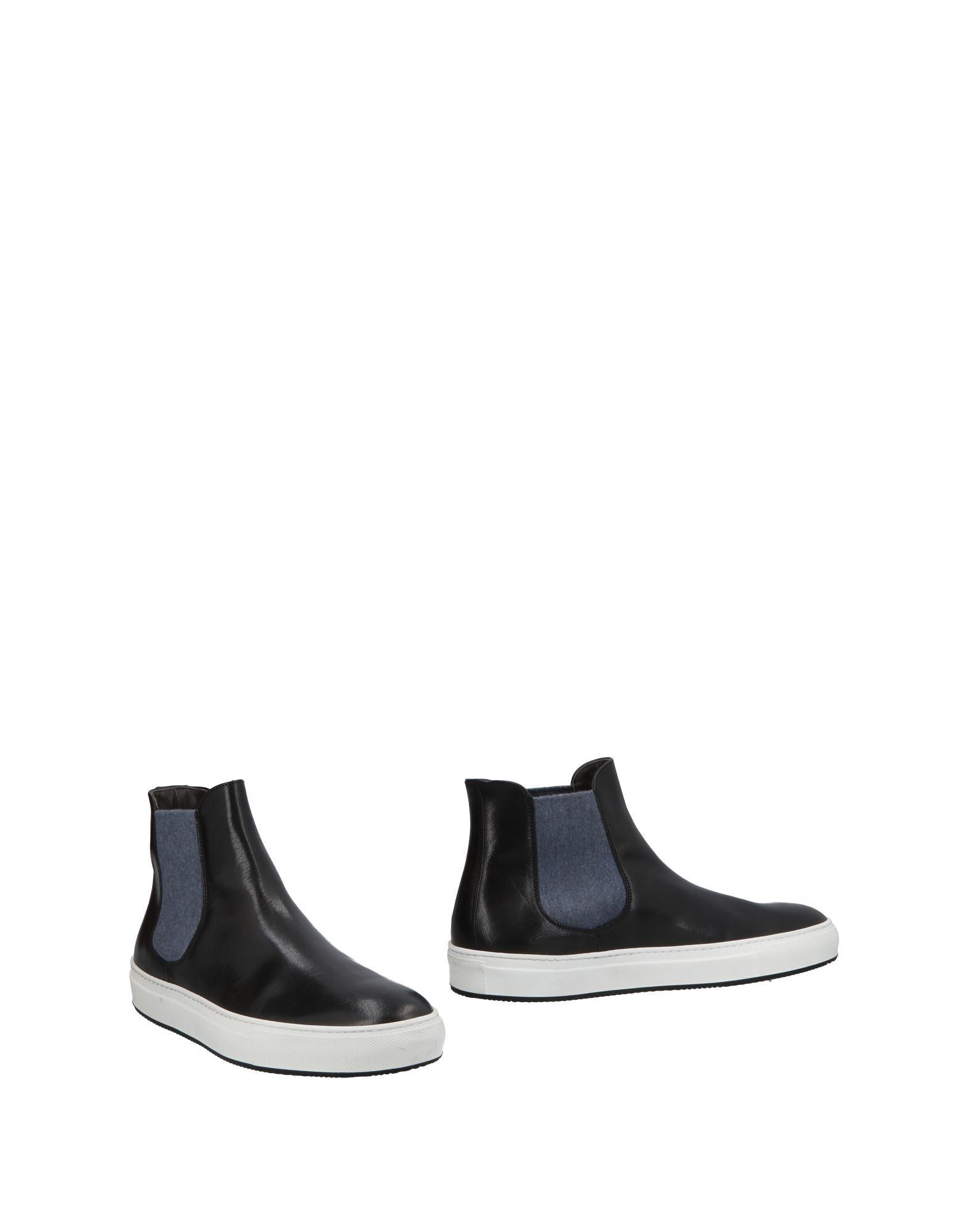CORVARI Boots in Black