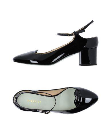 Туфли от GIANNICO