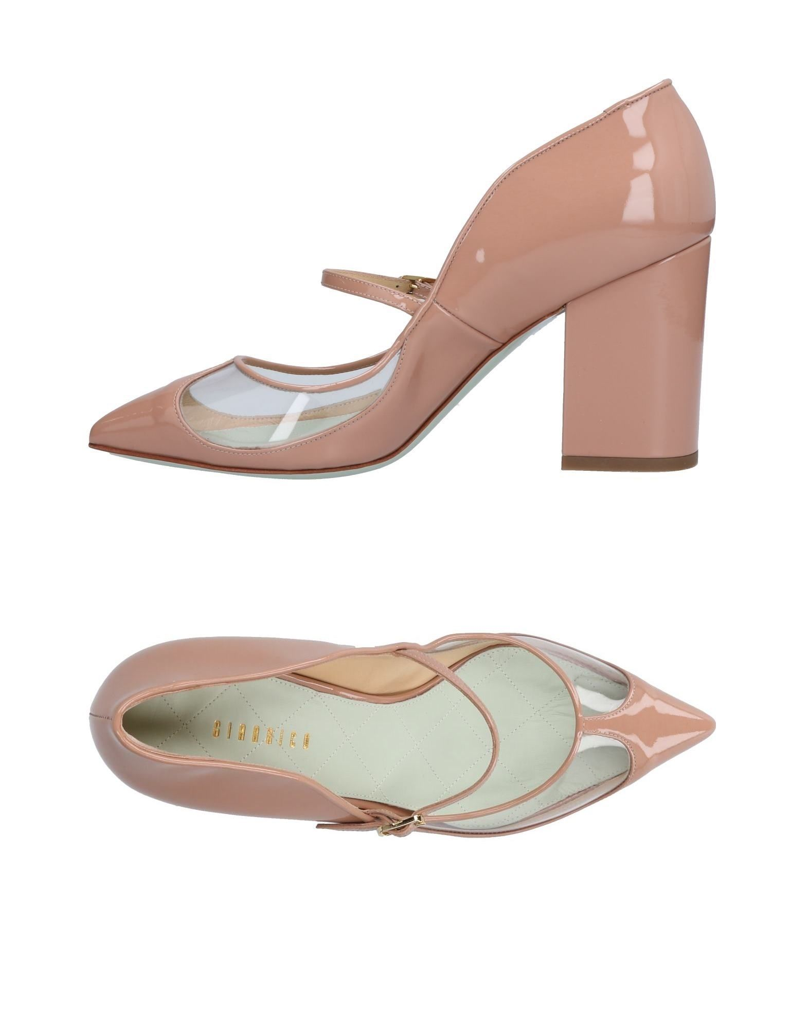 GIANNICO Pump in Pale Pink