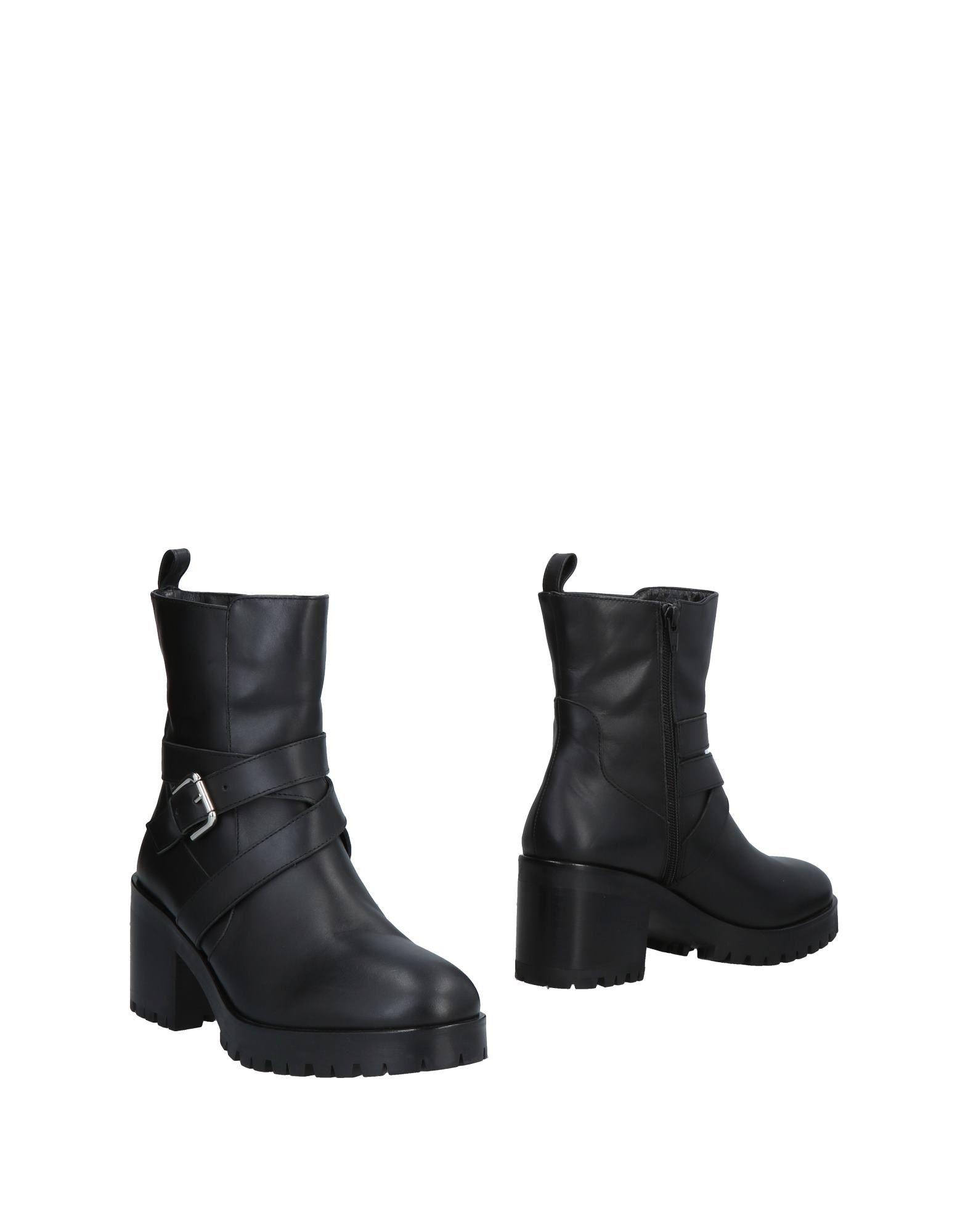 PENNYBLACK Полусапоги и высокие ботинки