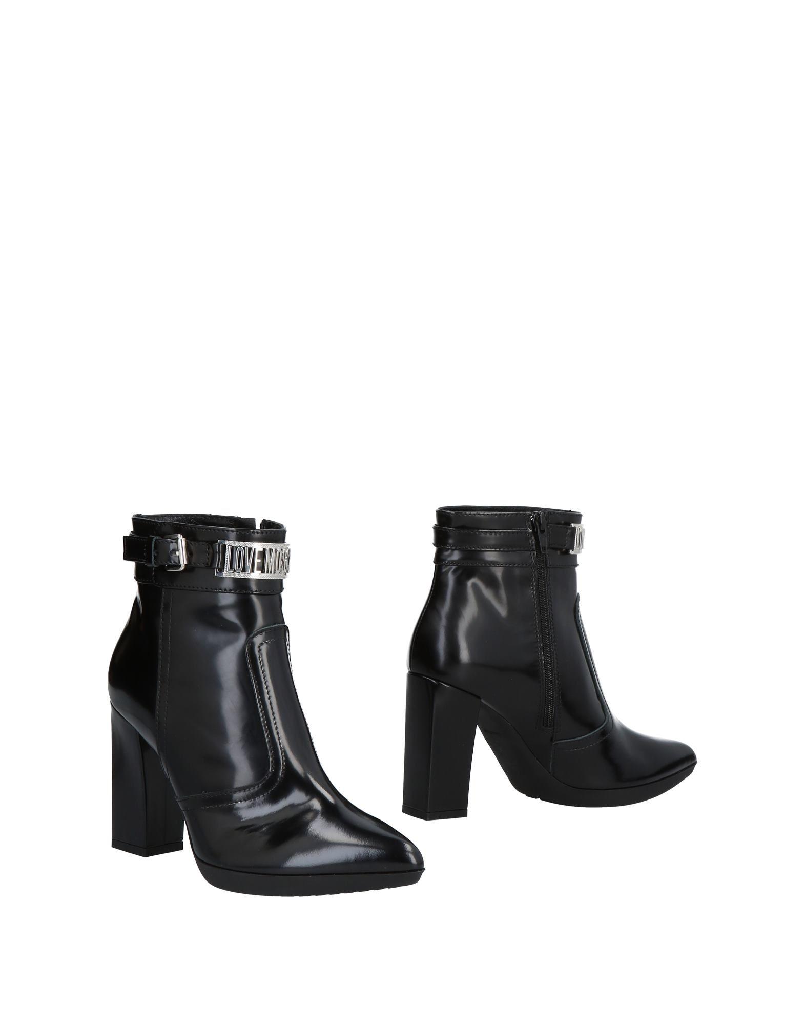 LOVE MOSCHINO Полусапоги и высокие ботинки ботинки moschino ботинки