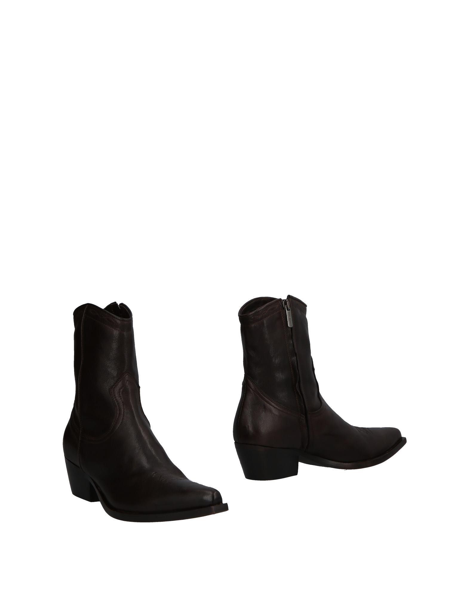 LUCA VALENTINI Ankle Boot in Dark Brown