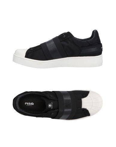 Фото - Низкие кеды и кроссовки от MOA MASTER OF ARTS черного цвета