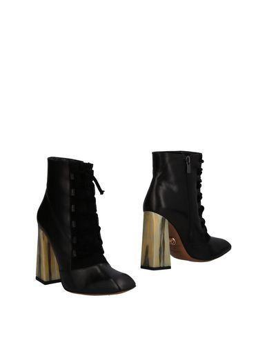 Полусапоги и высокие ботинки от BALDOWSKI