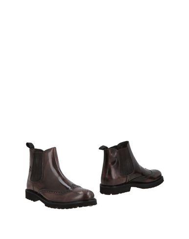 Полусапоги и высокие ботинки ROBERTO P  Luxury