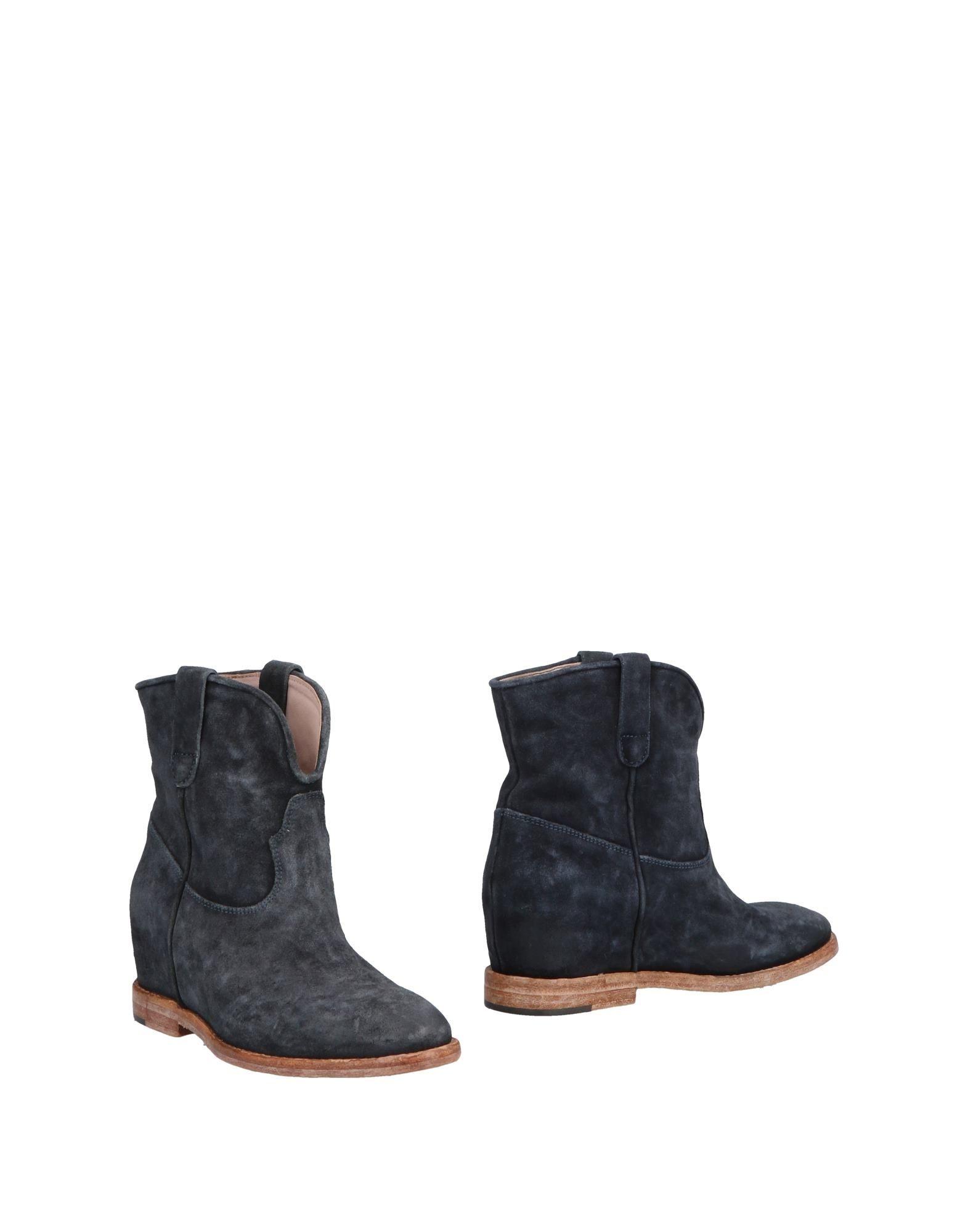 CORVARI Ankle Boot in Dark Blue