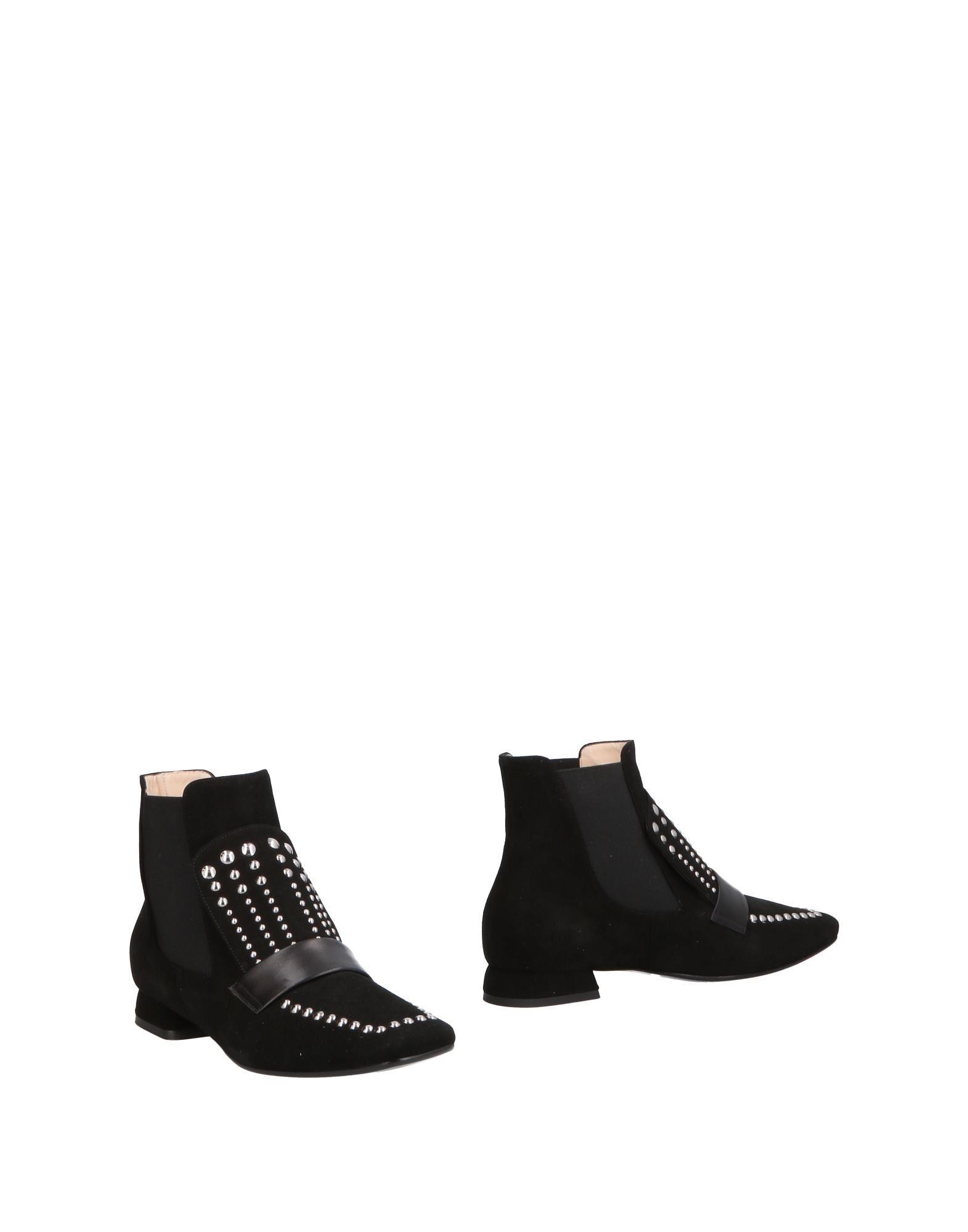 MARIE ELODIE Полусапоги и высокие ботинки marie elodie мокасины