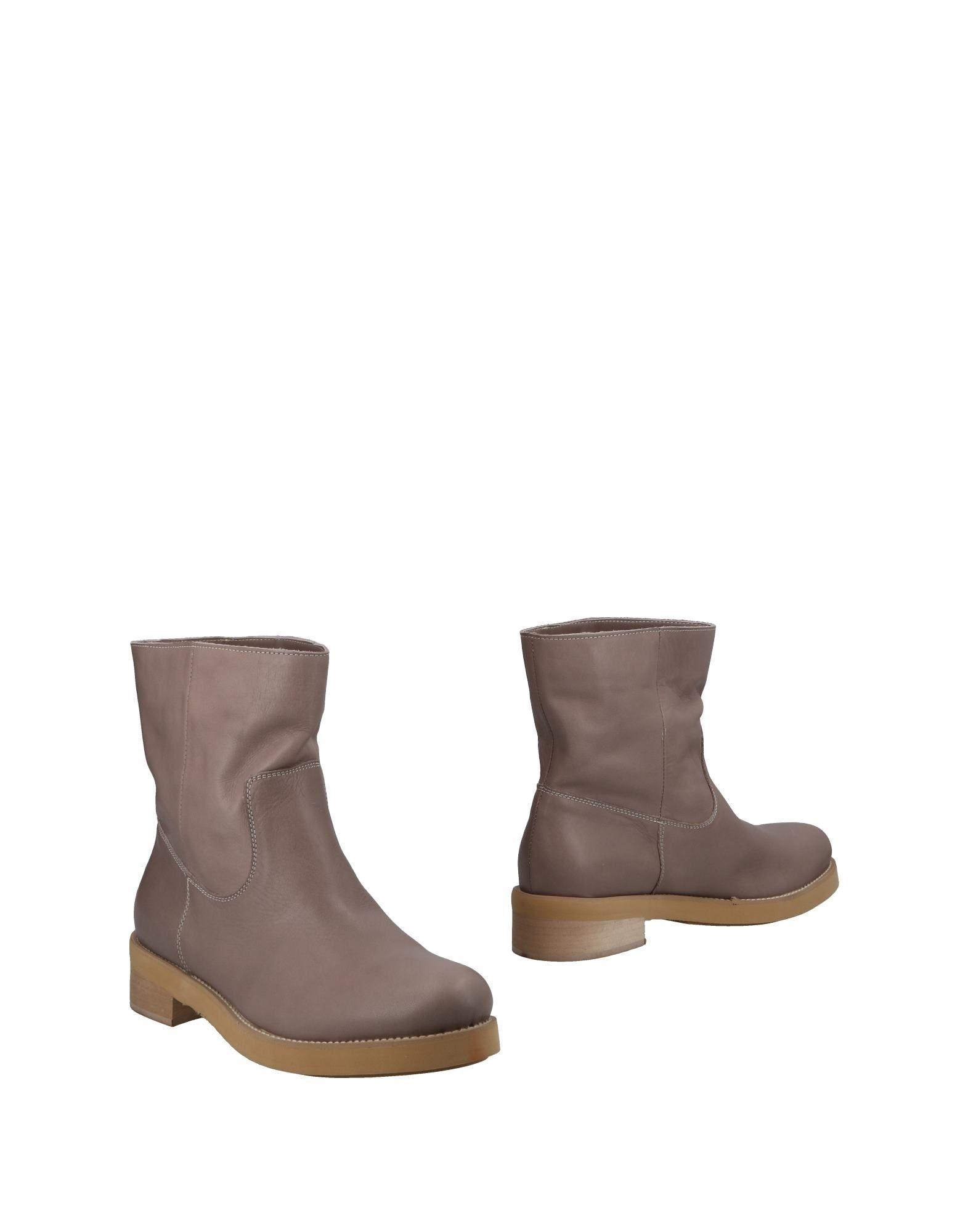 CRISTIAN G Полусапоги и высокие ботинки cristian g туфли