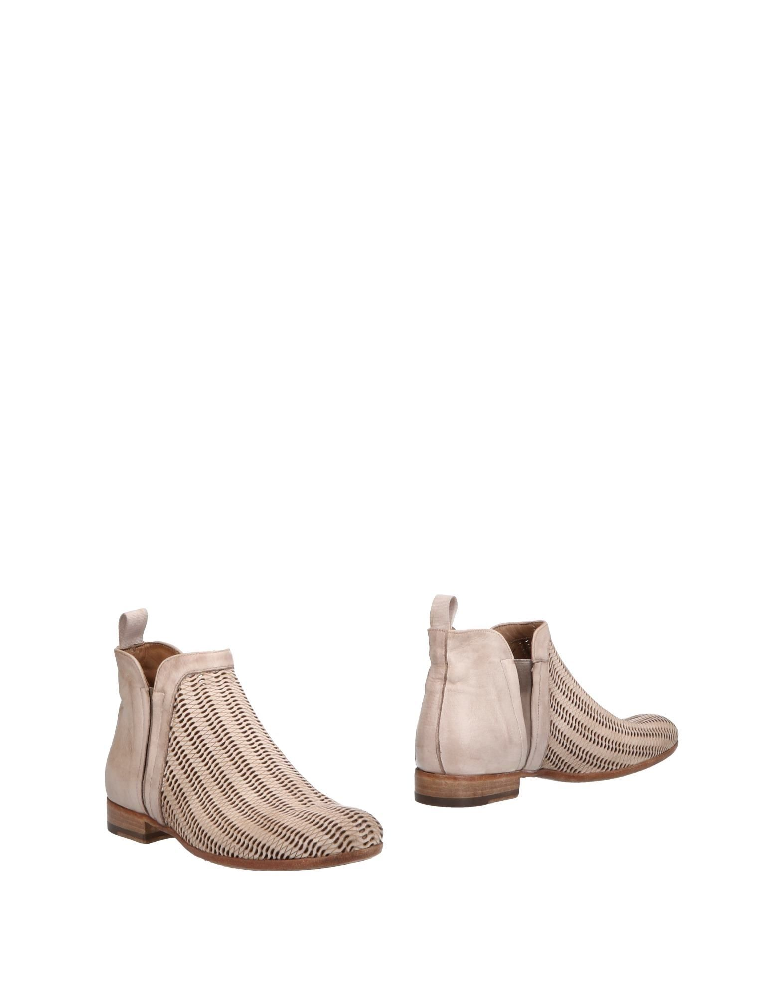 CORVARI Ankle Boot in Sand