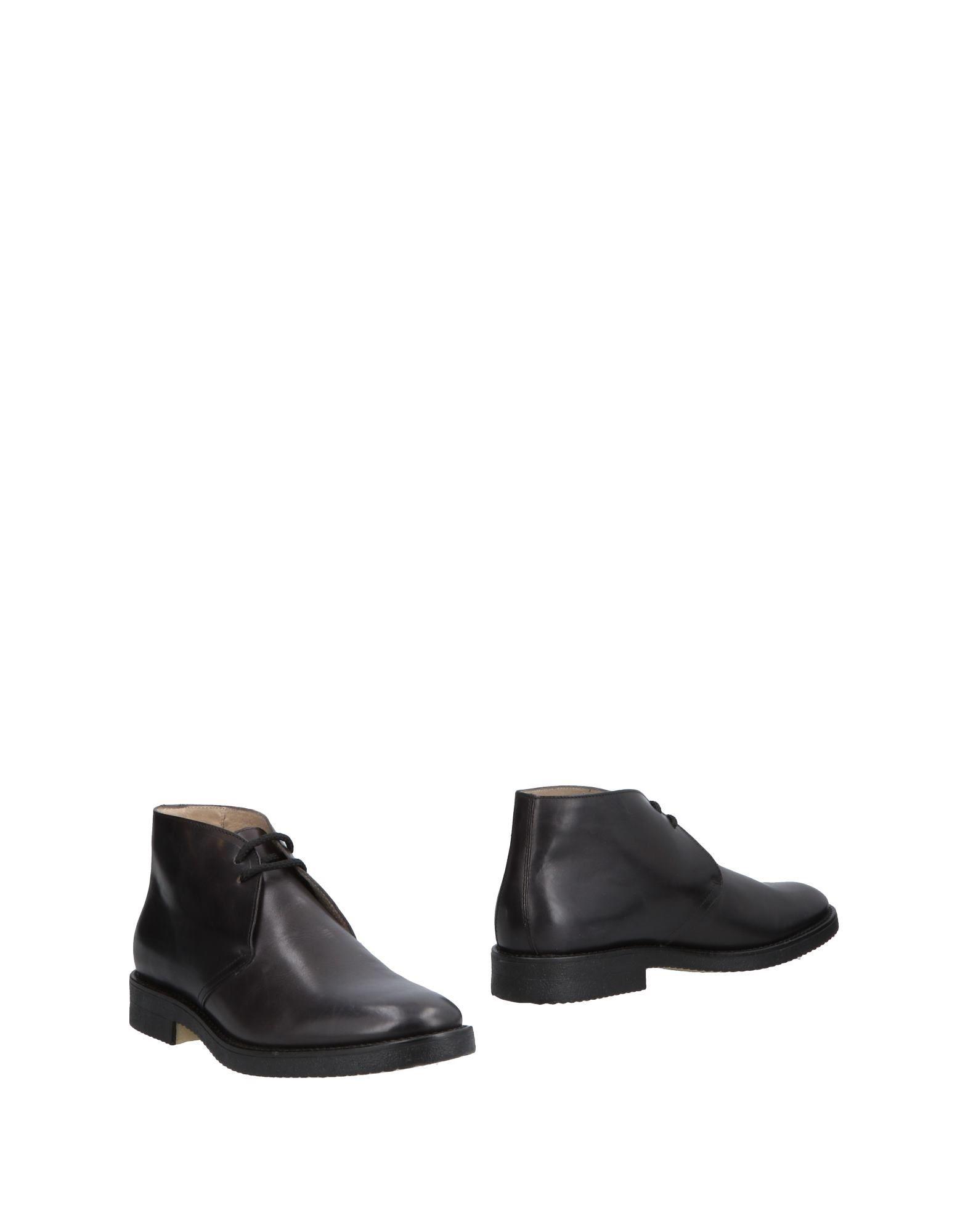 STONE HAVEN Полусапоги и высокие ботинки