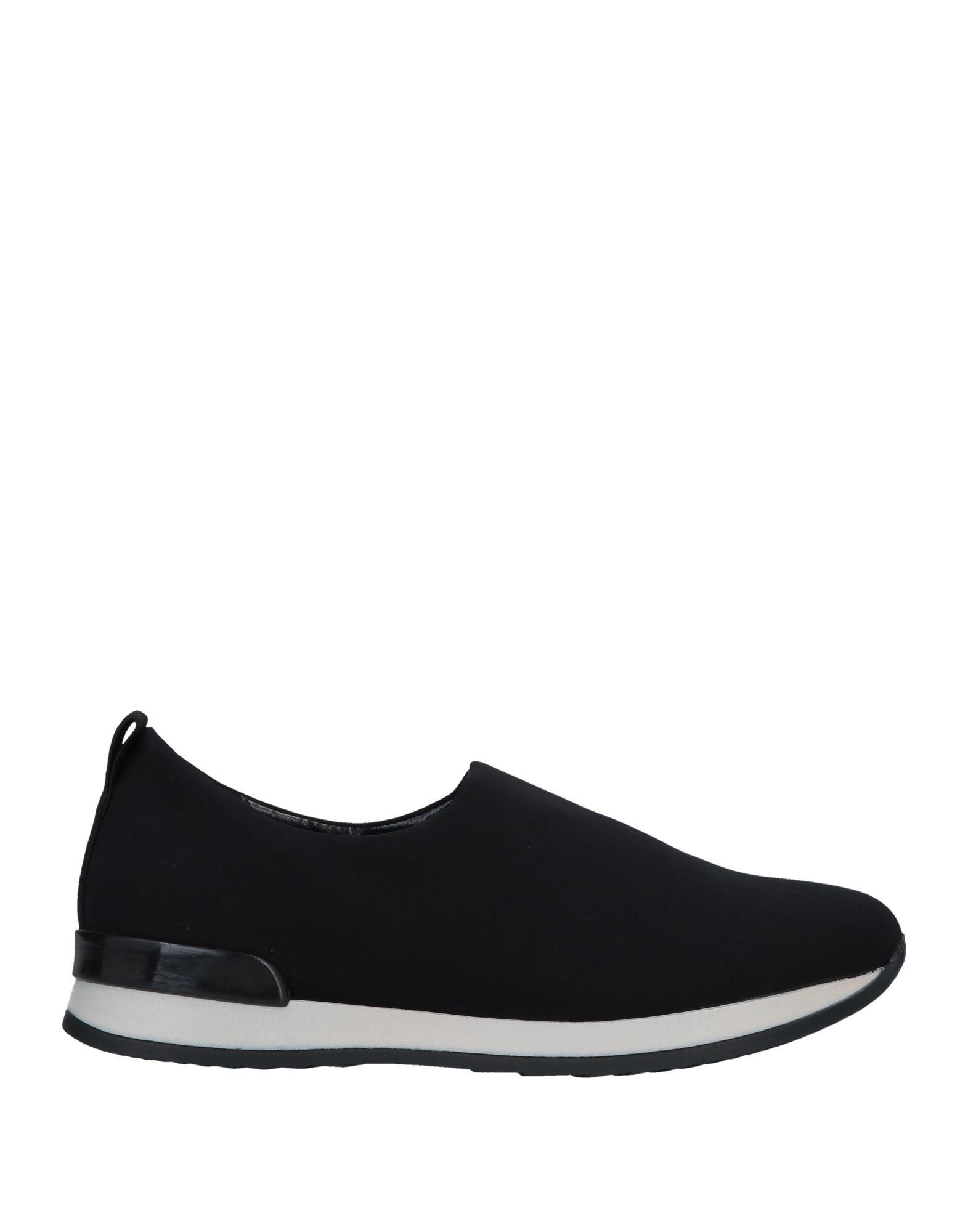 NR RAPISARDI | NR RAPISARDI Low-tops & sneakers | Goxip