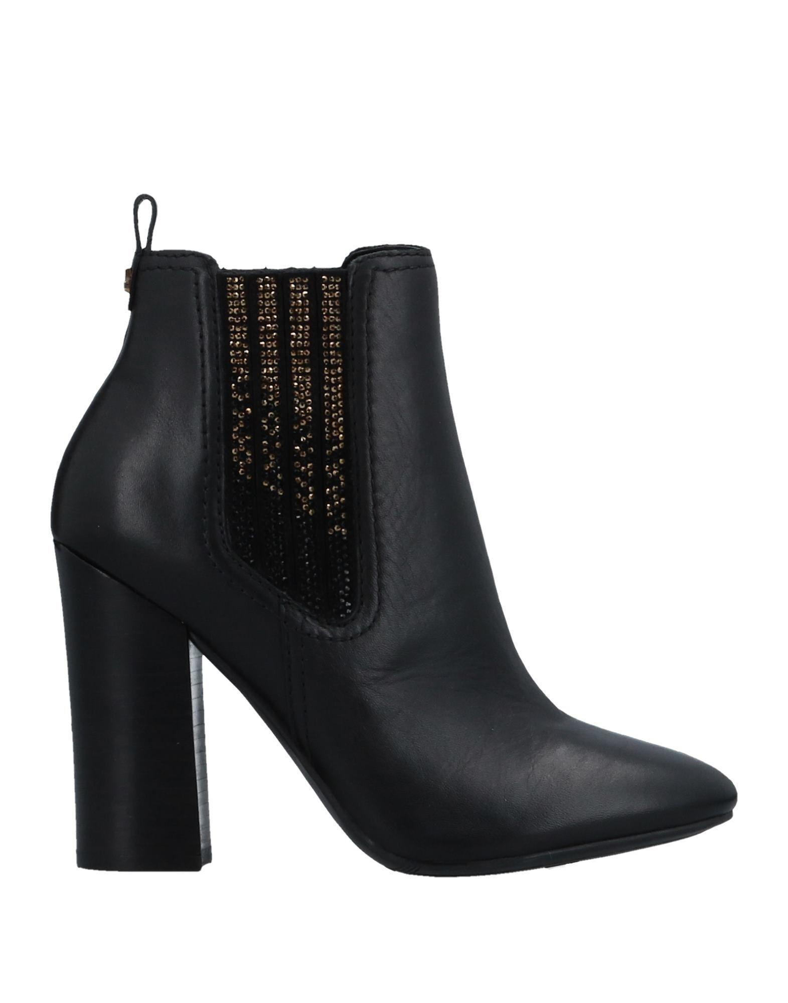GUESS Полусапоги и высокие ботинки grey mer полусапоги и высокие ботинки