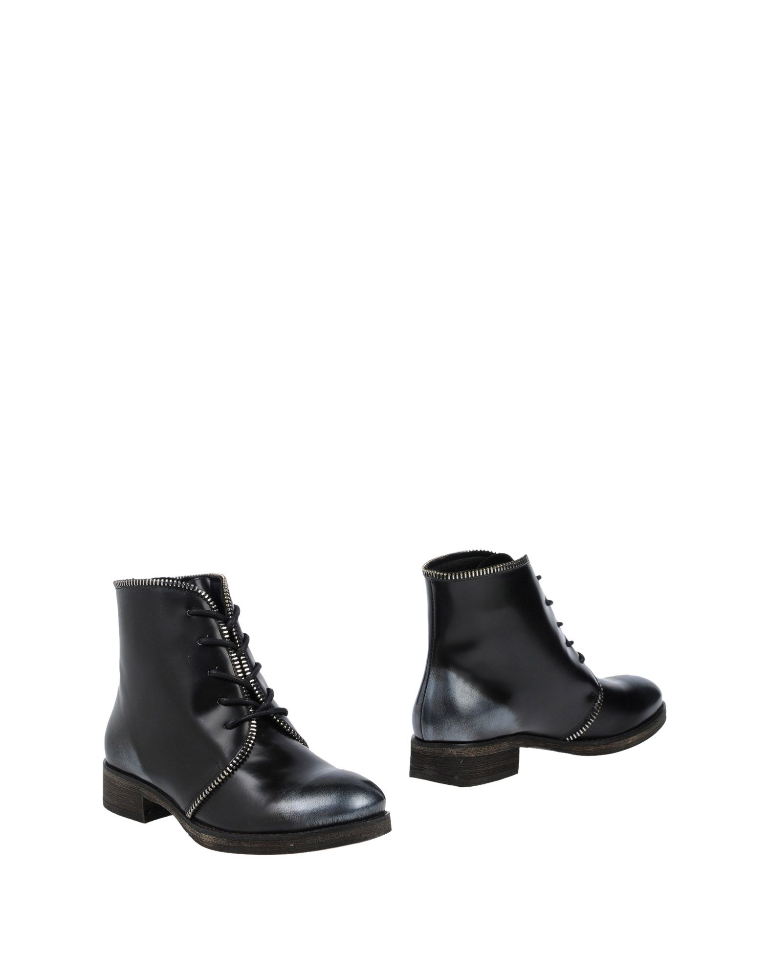 MI/MAI Полусапоги и высокие ботинки
