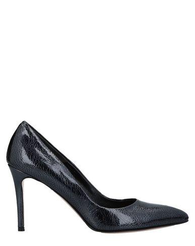 Туфли от LE PEPITE