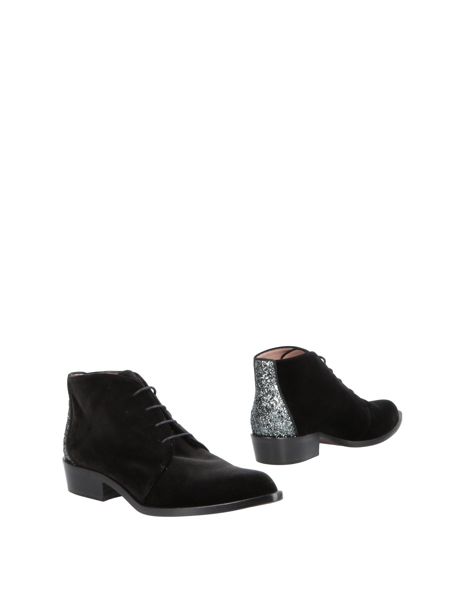 GIANNA MELIANI Ankle Boot in Black