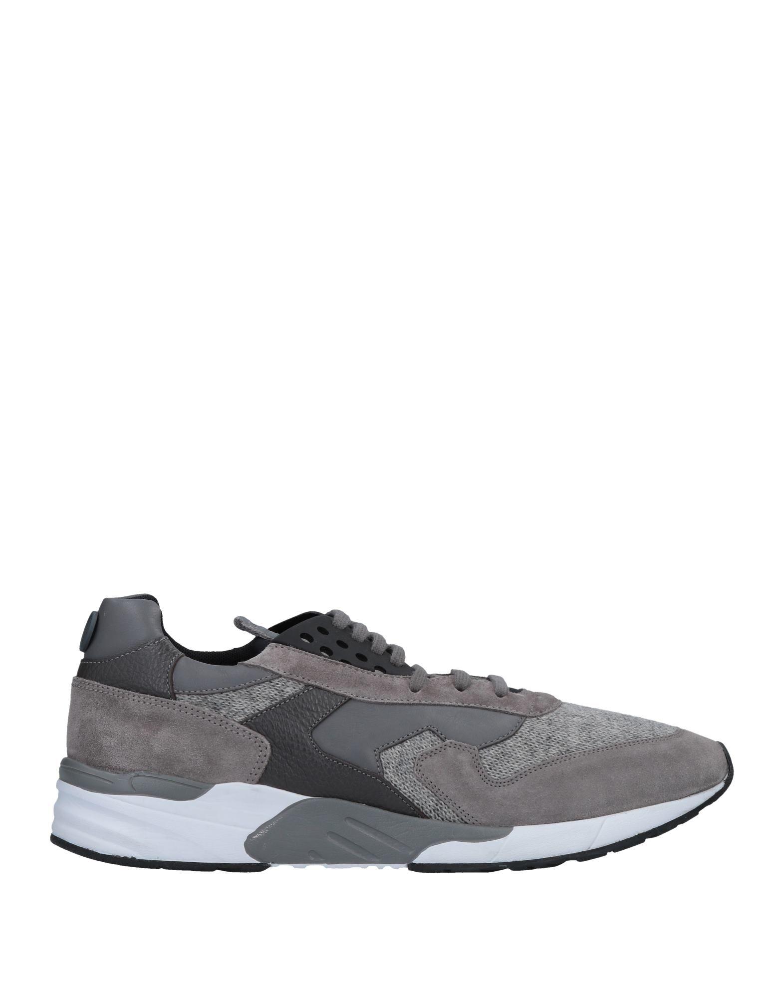 MARIANO DI VAIO Sneakers in Grey