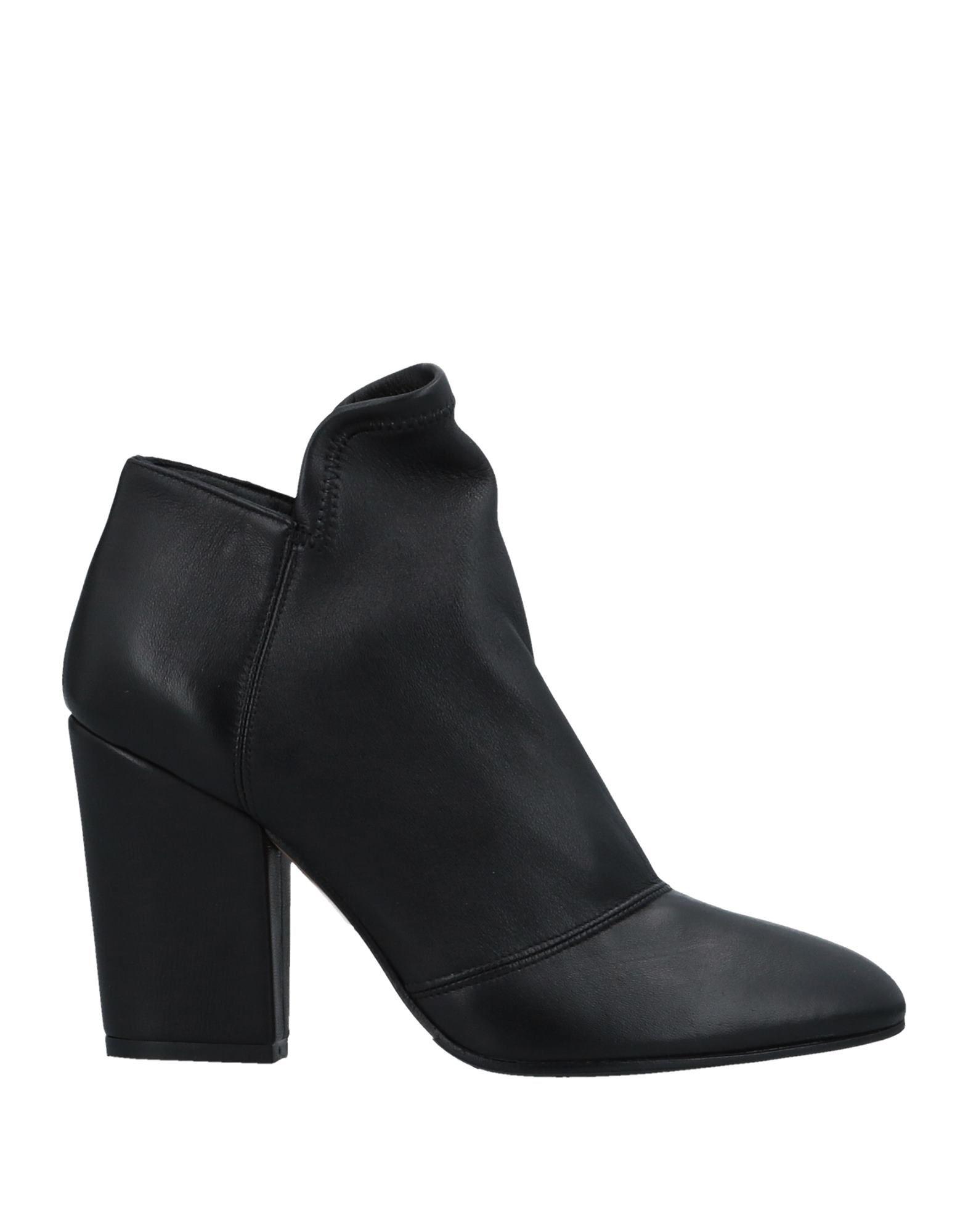 THE SELLER Ботинки