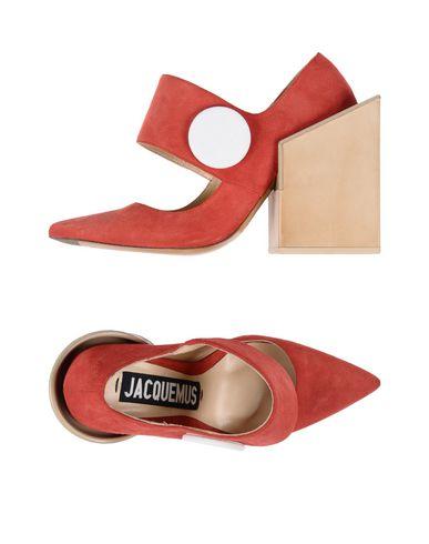 Туфли от JACQUEMUS