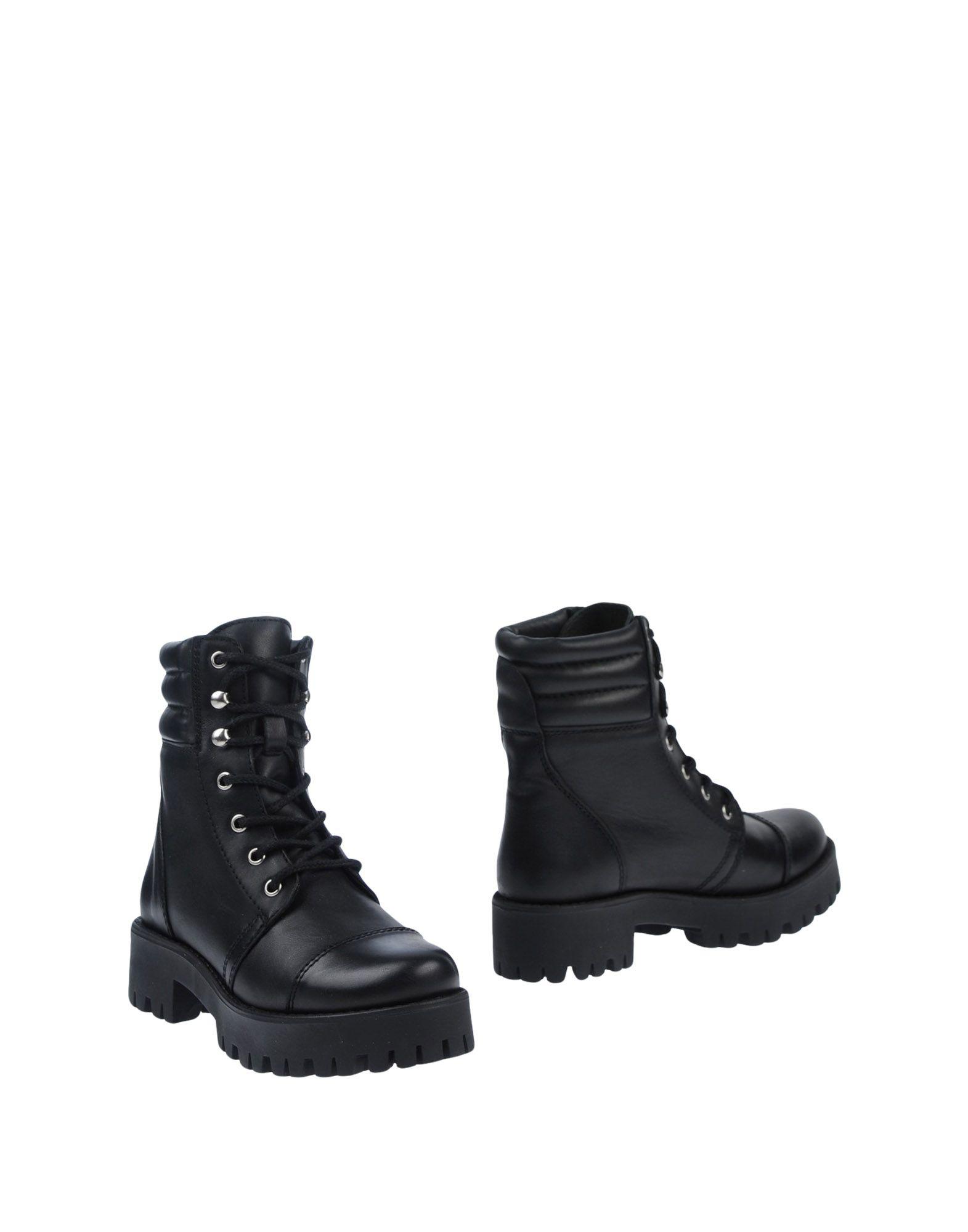 STEVE MADDEN Полусапоги и высокие ботинки ботинки steve madden 91000545 floral multi