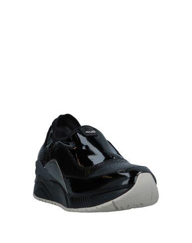 Фото 2 - Низкие кеды и кроссовки от CESARE PACIOTTI 4US черного цвета