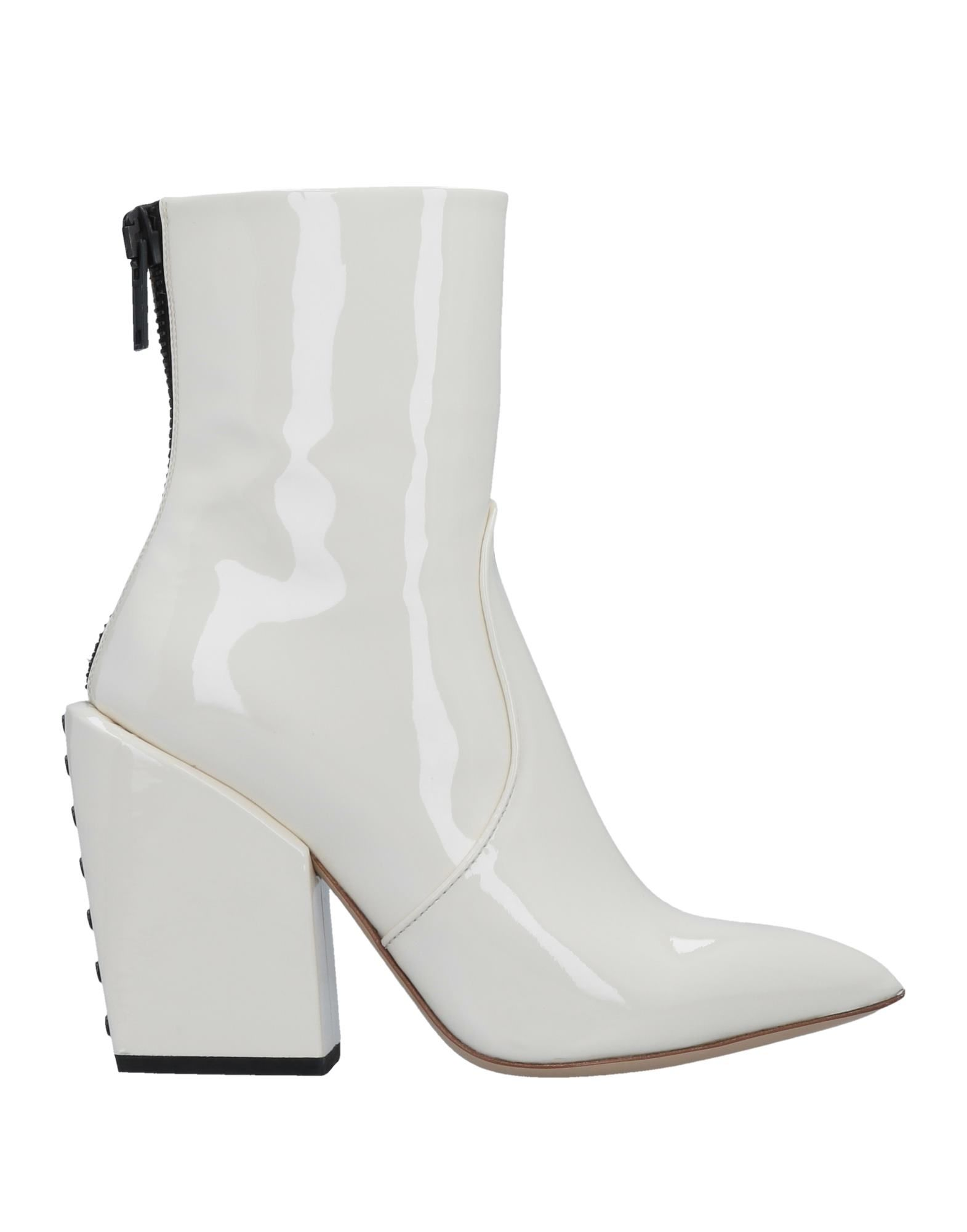Petar Petrov Ankle boot