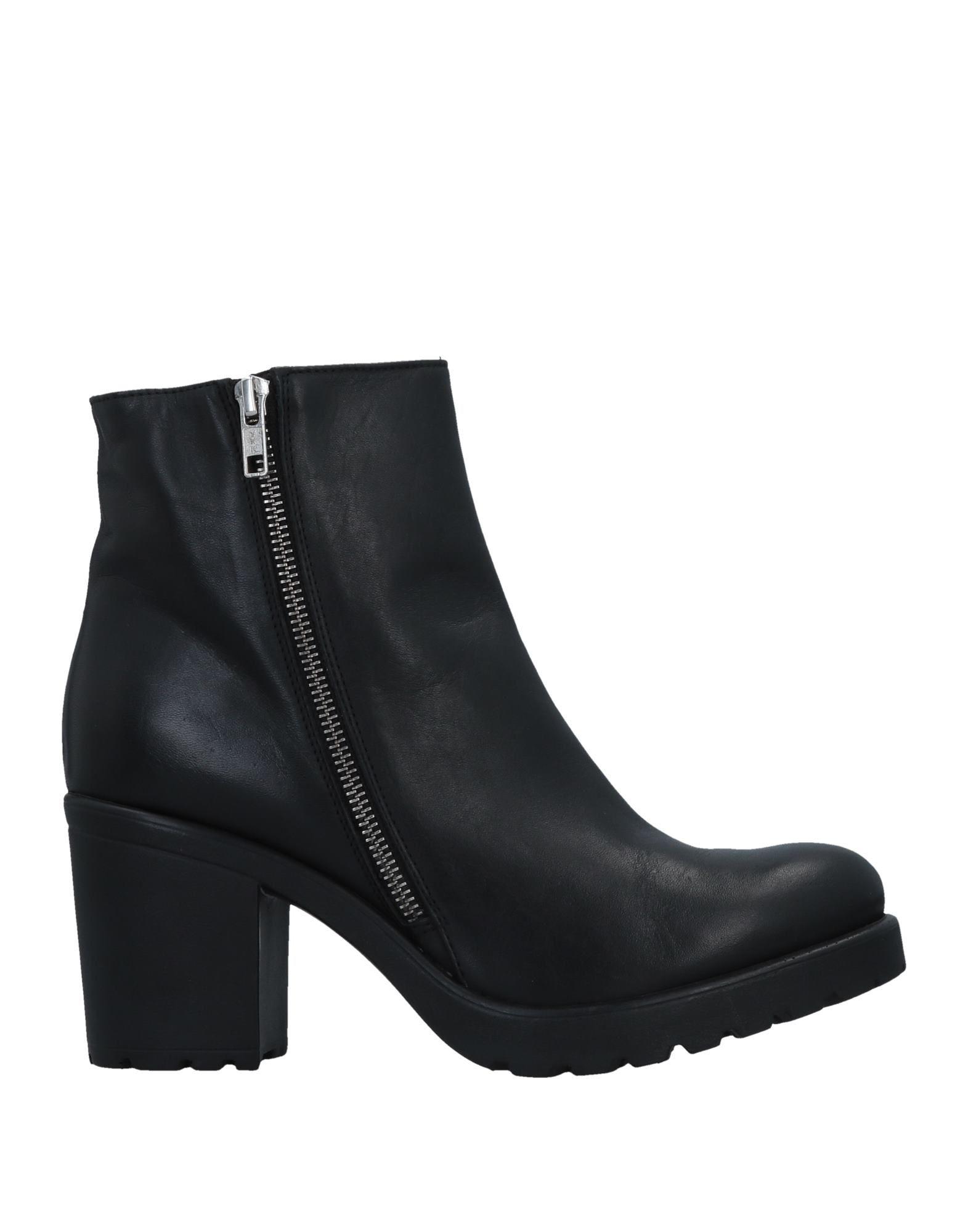 CROWN Полусапоги и высокие ботинки leather crown полусапоги и высокие ботинки