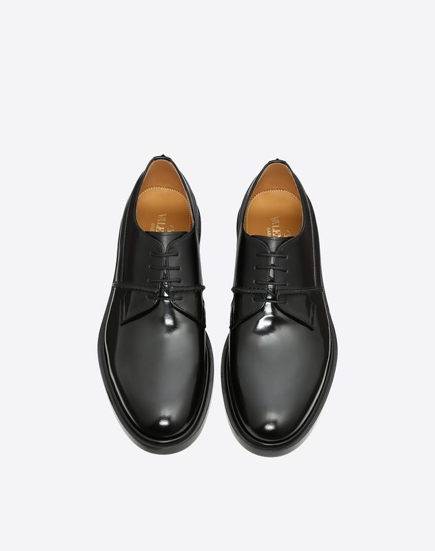 Derby with Stud Detail