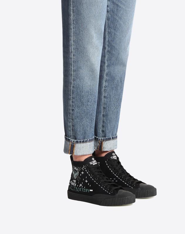 High-top sneaker with Arcade embroidery