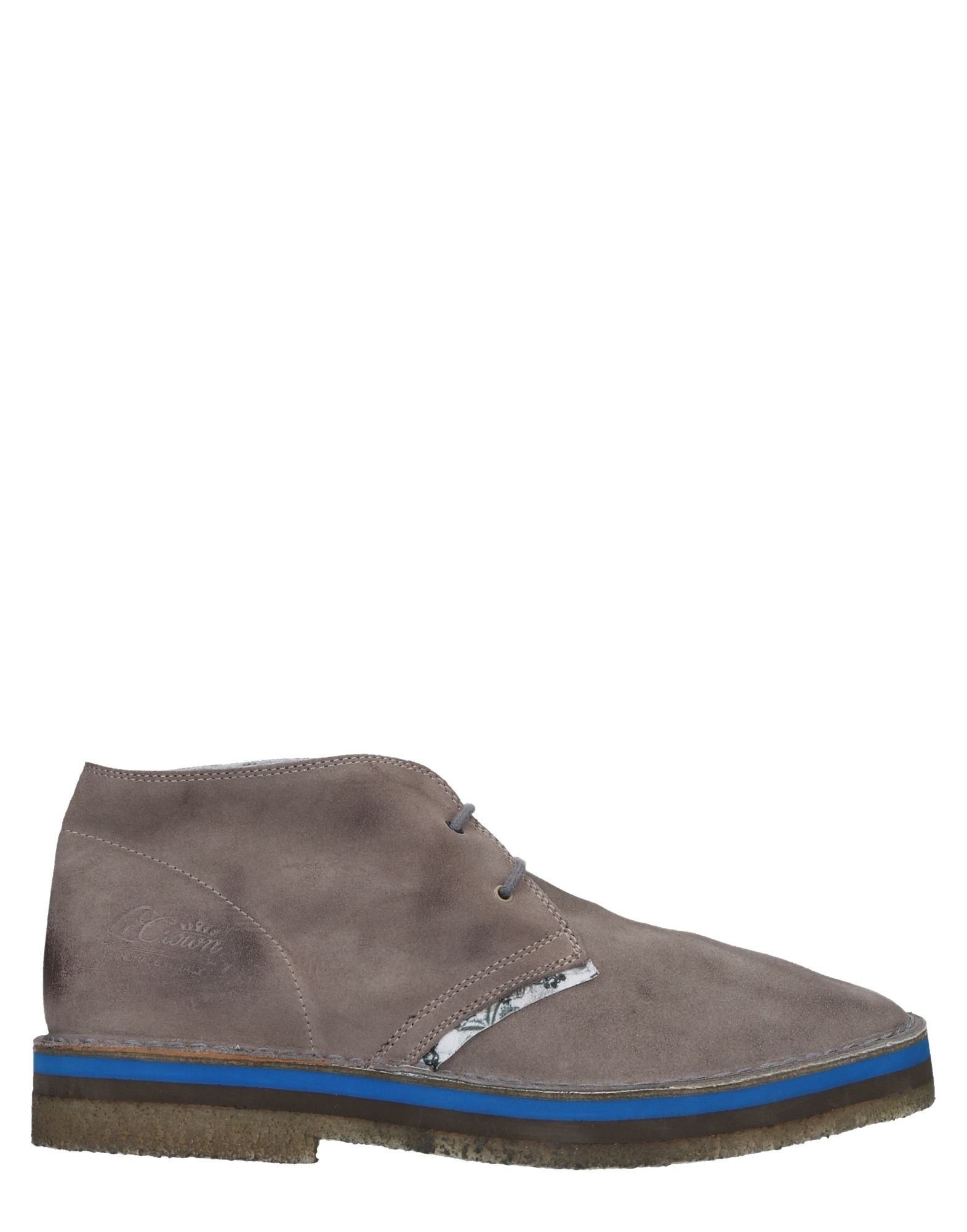 LE CROWN Boots in Grey