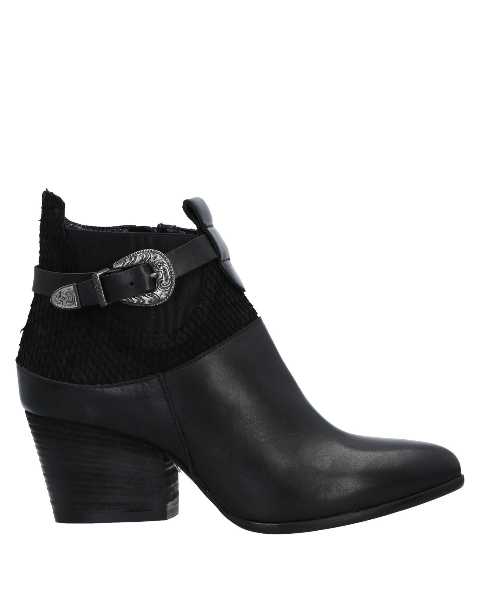 MIVIDA Полусапоги и высокие ботинки