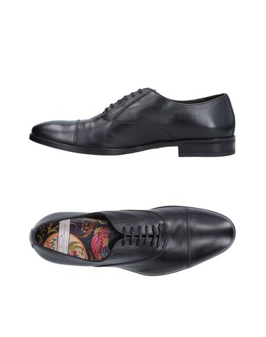 Обувь на шнурках от DAMA