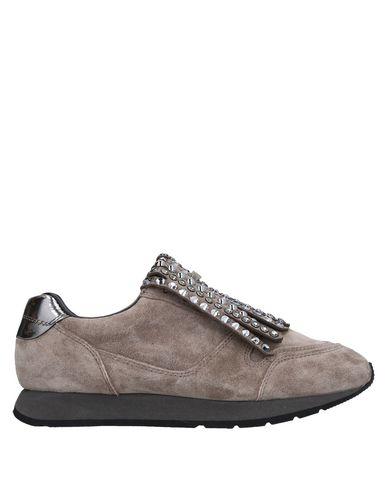 Низкие кеды и кроссовки от ALMA EN PENA.