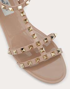 Rockstud flat rubber sandals