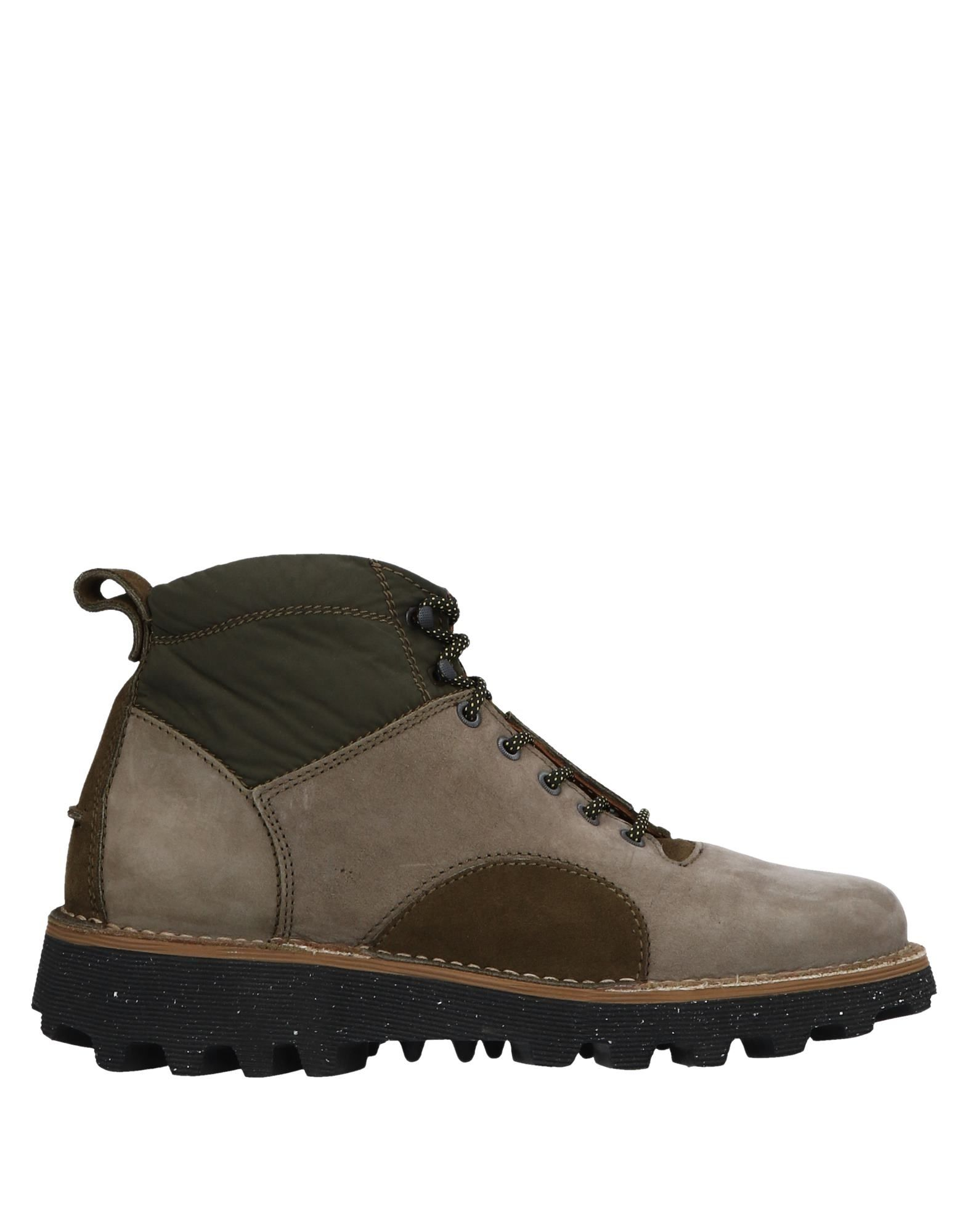 BARLEYCORN Boots in Grey