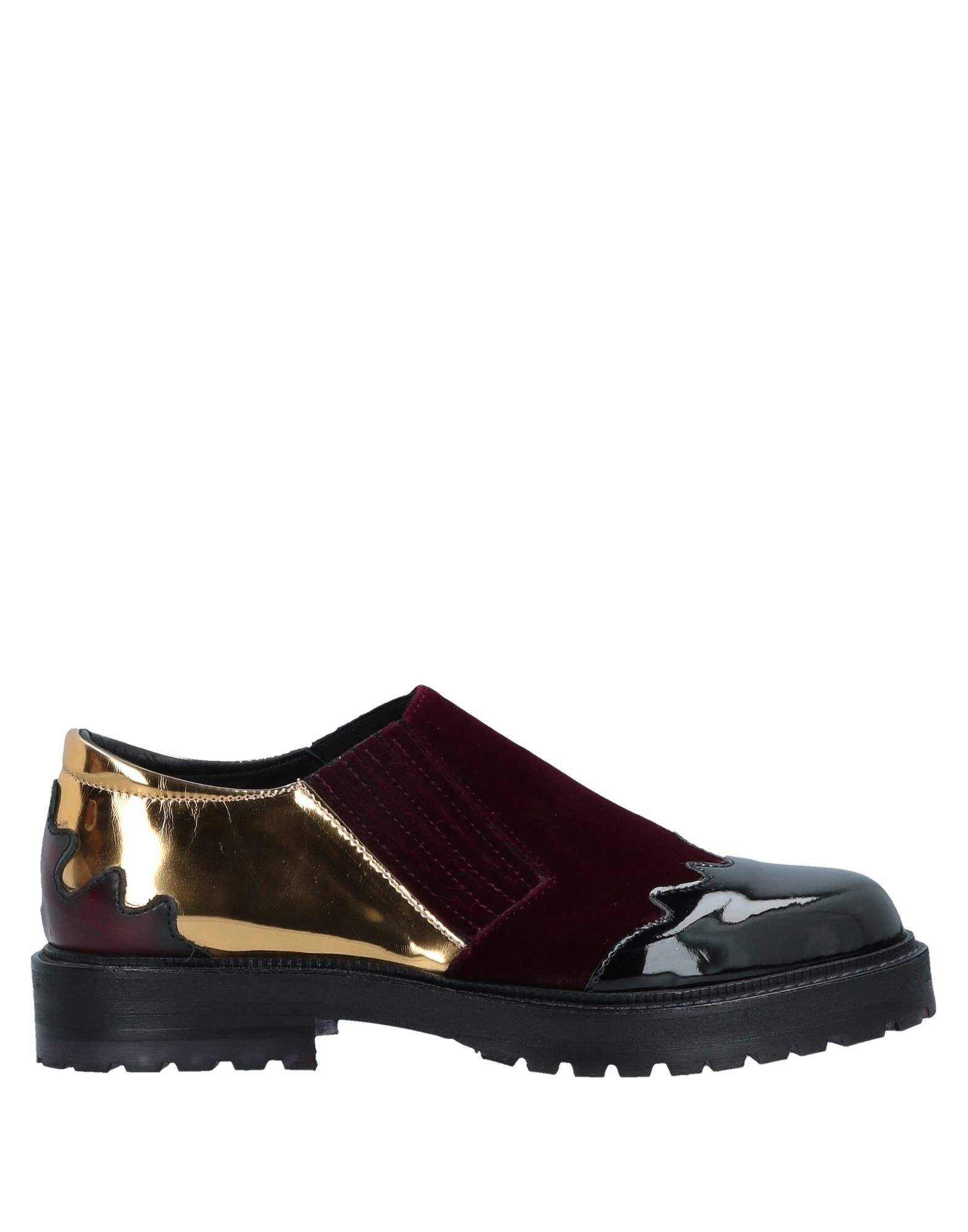 TIPE E TACCHI Loafers in Maroon