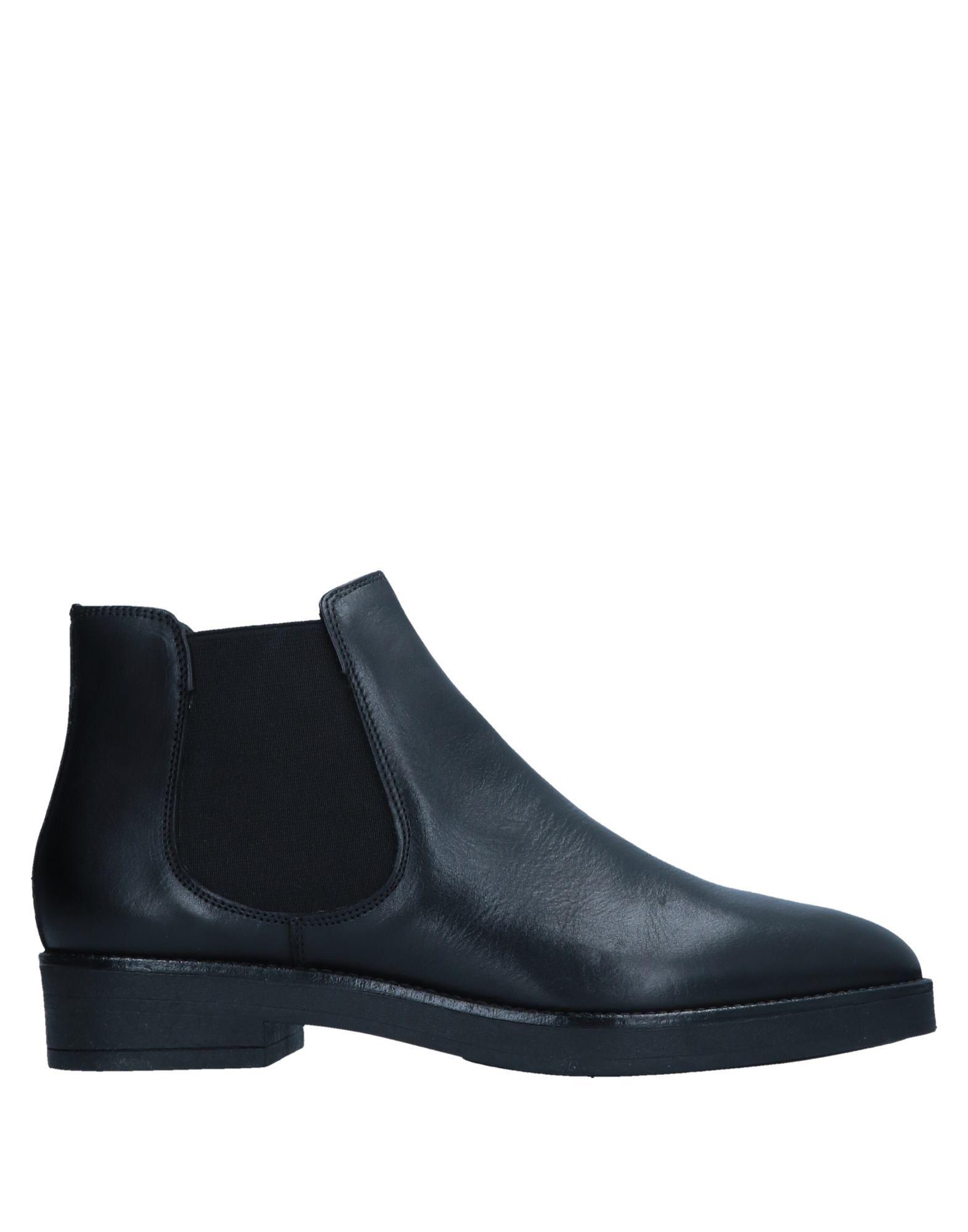 FRANCESCO MINICHINO | FRANCESCO MINICHINO Ankle boots 11522132 | Goxip