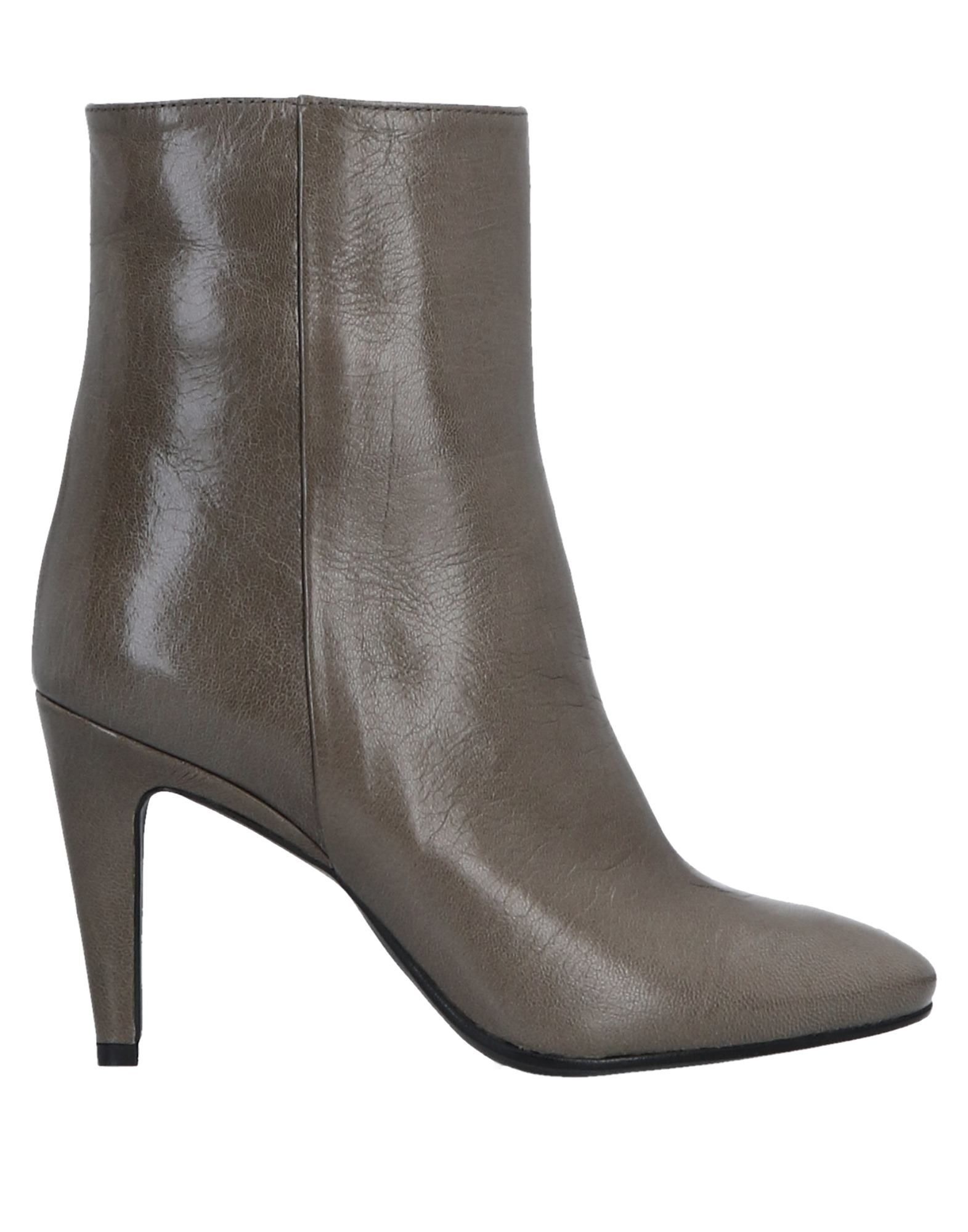 FIORIFRANCESI Ankle Boot in Lead