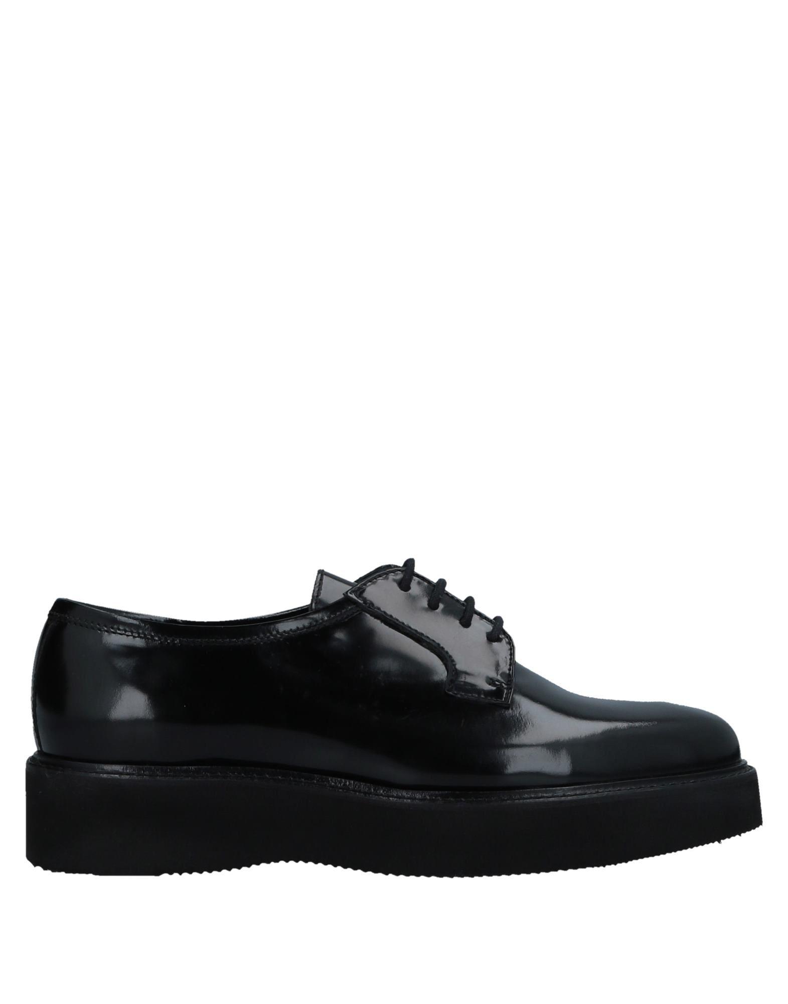 где купить LE BLE Обувь на шнурках дешево