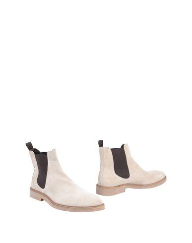 Полусапоги и высокие ботинки от MALDINI