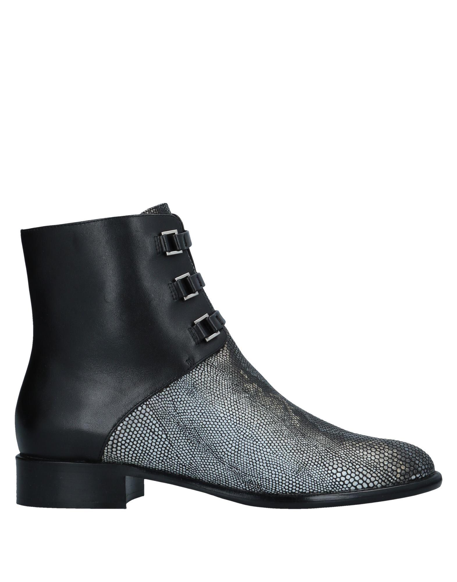 《送料無料》EMPORIO ARMANI レディース ショートブーツ ブラック 39 牛革(カーフ)