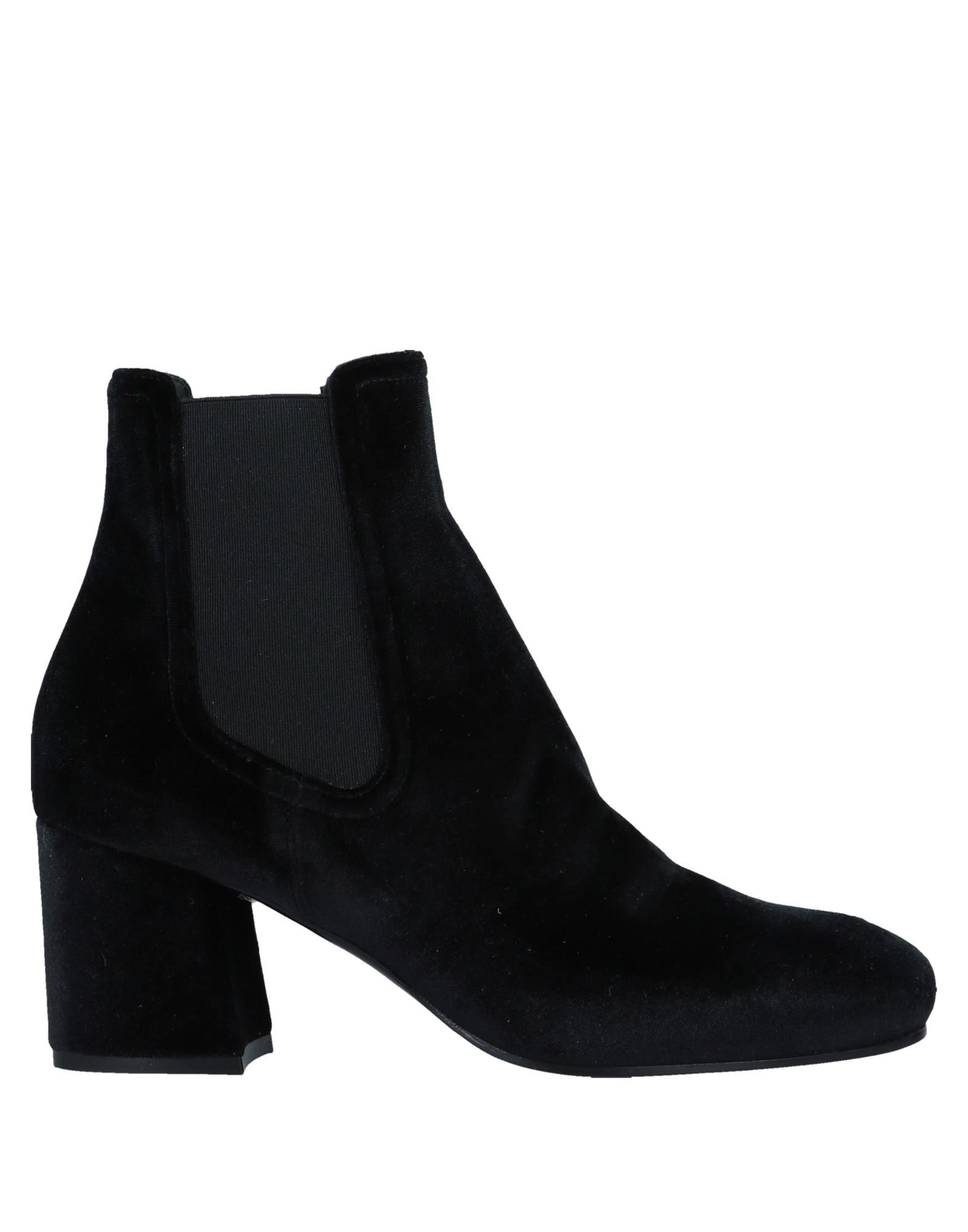 Ankle Boots in Black