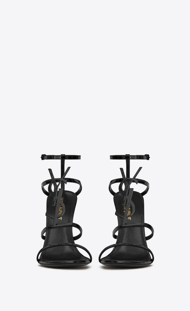 cassandra sandal with black logo in patent leather