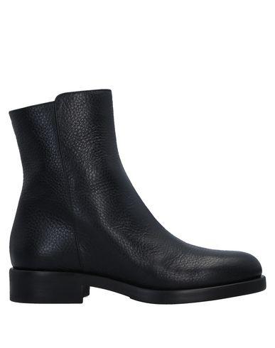 Полусапоги и высокие ботинки от FRATELLI KARIDA