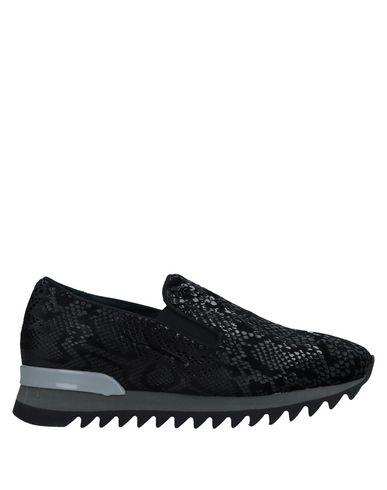 Низкие кеды и кроссовки от LE BLE