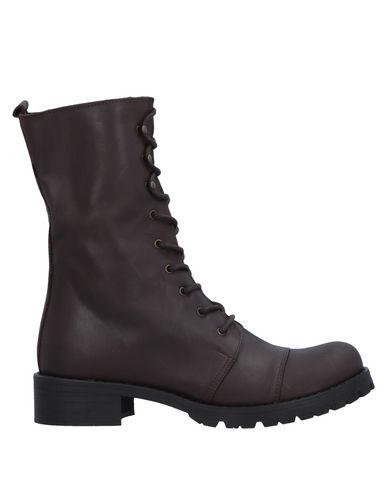 Полусапоги и высокие ботинки от LE PEPITE