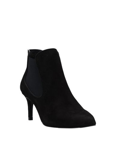 Фото 2 - Полусапоги и высокие ботинки от PEDRO GARCÍA черного цвета