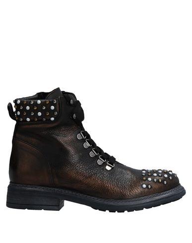 Фото - Полусапоги и высокие ботинки бронзового цвета