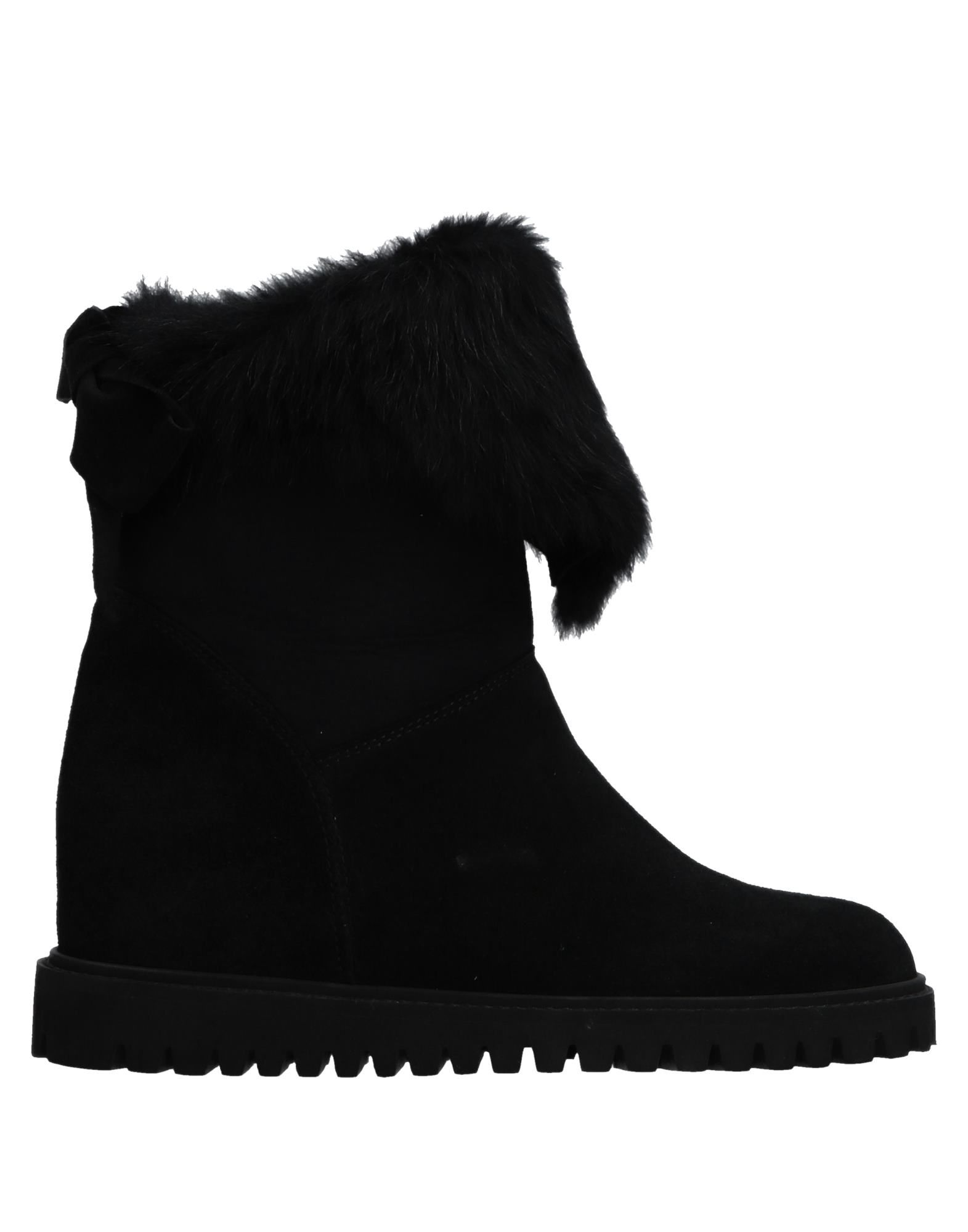 BALLIN Ankle Boot in Black